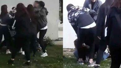 Photo of Birbirine Girdiler! Parkta Kız Kavgası