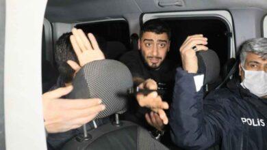 Photo of Polisten Kaçarken Kanala Düştüler