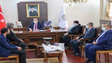 Photo of Şehitler dernek başkanı vali beyi ziyaret etti
