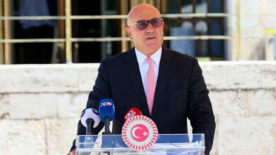 Photo of Urfalı Vekil, Basın Emekçilerini Meclise Taşıdı