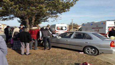 Photo of Hastaneye giden aile kaza yaptı: 1 ölü, 2 yaralı