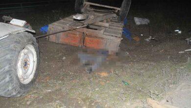 Photo of Hafif ticari araç traktöre çarptı: 1 ölü