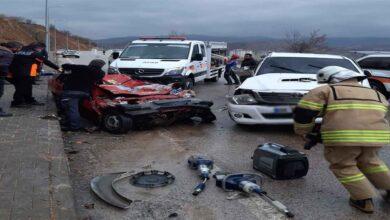 Photo of Trafik kazası: 2 ölü, 1 yaralı