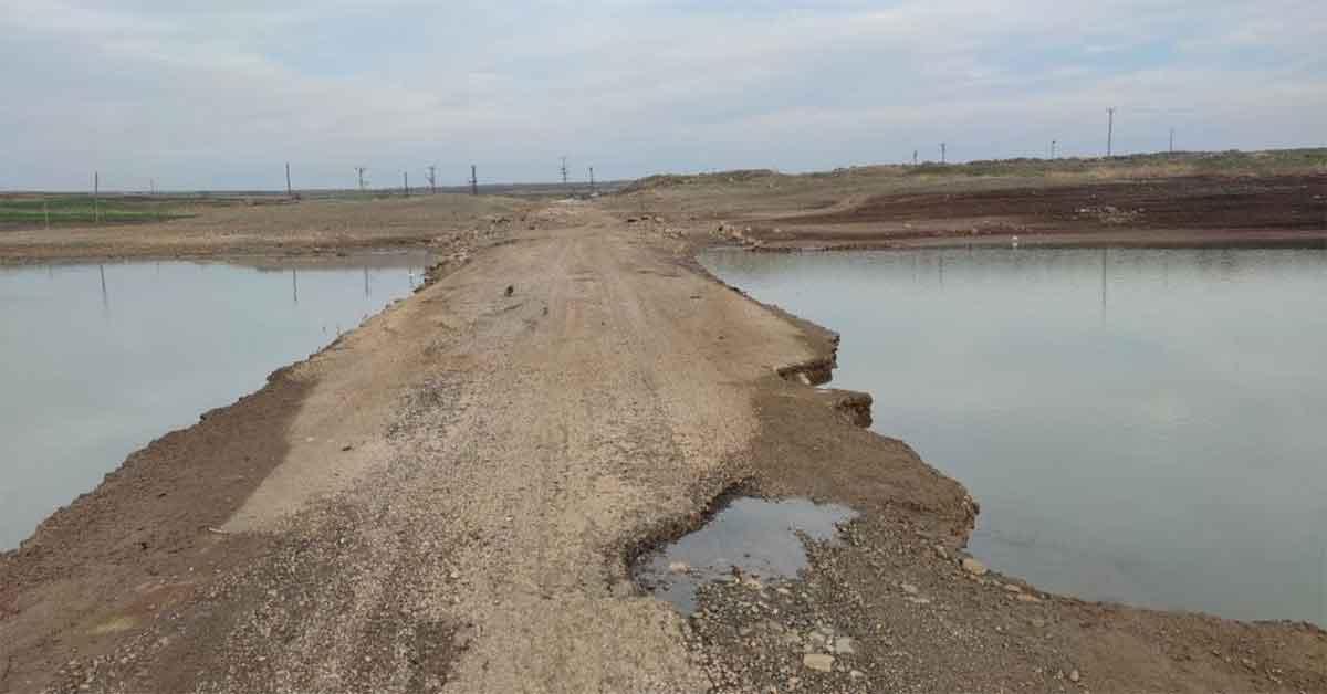 Urfa'da suda kalan köprü yeniden gün yüzüne çıktı