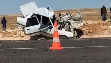 Photo of Otomobil minibüsle çarpıştı:1 ölü, 3 yaralı