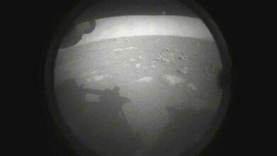 Photo of NASA'nın uzay aracı Mars yüzeyine iniş yaptı