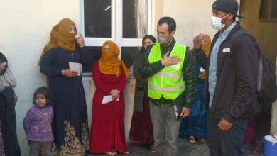 Photo of İngiltere'de yaşayan Somalili mülteciden Suriyelilere yardım