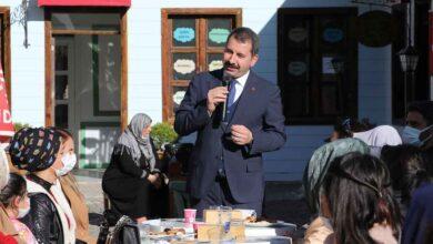 Photo of Başkan Baydilli'den Kadın Personele Jest