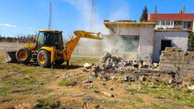 Photo of Ceylanpınar'da 44 metruk yapı yıkıldı