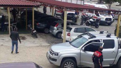 Photo of Oto galeriye silahlı saldırı: 1 ölü, 2 yaralı