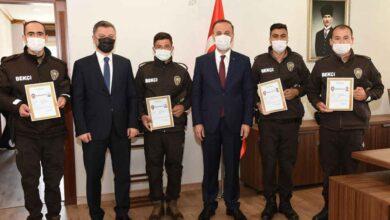 Photo of Şanlıurfa'da Dikkatli Bekçilere Başarı Belgesi