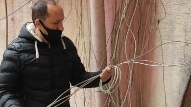 Photo of Şanlıurfa'da esnafın elektrik kabloları çalındı