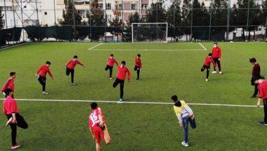 Photo of Düşük riskli Şanlıurfa'da sporcular yeşil sahalara indi