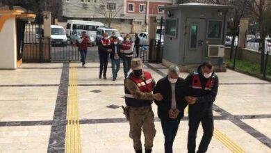 Photo of Urfa'da takibe alınan cipte 6 tabanca ele geçirildi