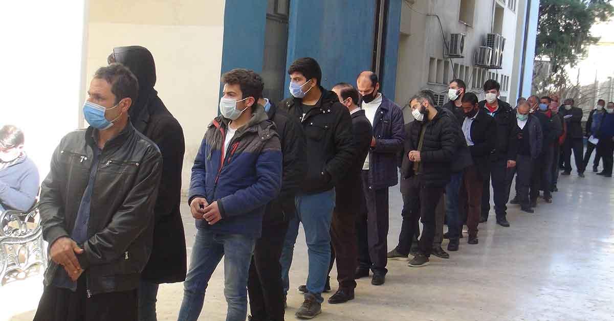 Urfa'da Vergi dairelerinde borç yapılandırma kuyruğu