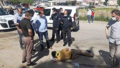 Photo of Sokak ortasında öldüresiyle dövüldü
