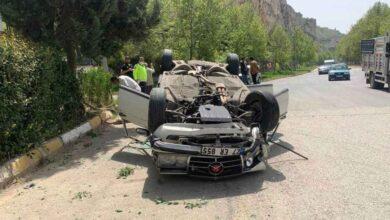 Photo of Şanlıurfa'da Kaza! Araba Ters Döndü