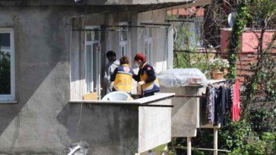 Photo of Korkunç manzara! Evinin Balkonunda Kendini Astı