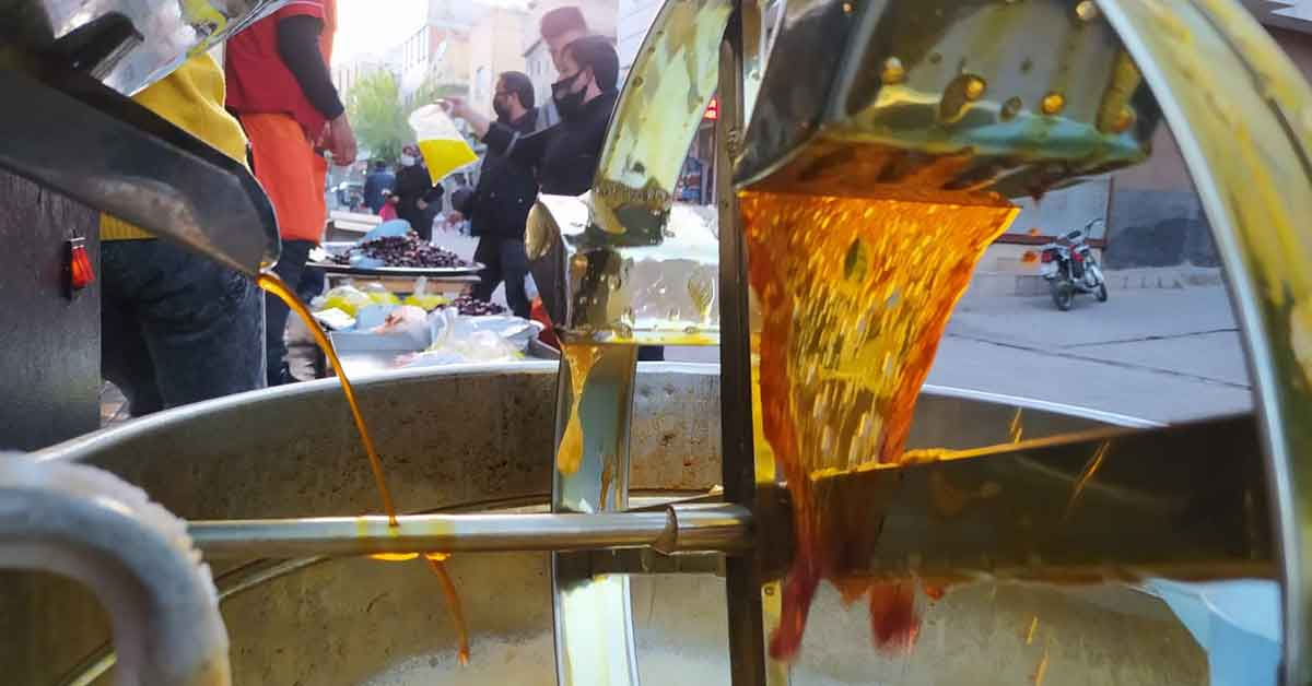 Şanlıurfa'nın milli içeceği yoğun ilgi görüyor