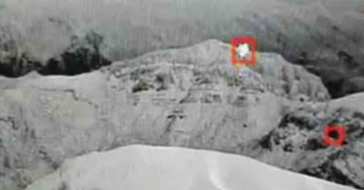 Saldırı için Üs Bölgesine gönderilen balon, komandolar tarafından vurularak imha edildi