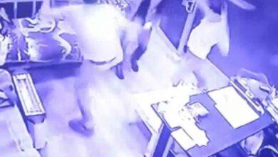 Photo of Şanlıurfa'da bıçaklı ve sopalı saldırı