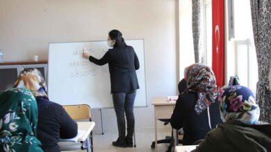Photo of Şanlıurfa'da kadınlara kırmızı kurdele projesi