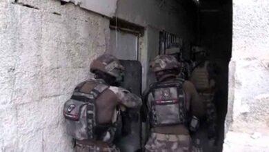 Photo of Şanlıurfa'da eş zamanlı dev operasyonlarda 43 gözaltı