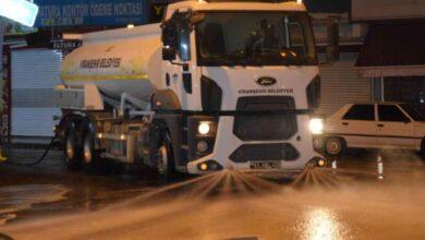 Photo of Viranşehir'de caddeler köpüklü su ile yıkandı
