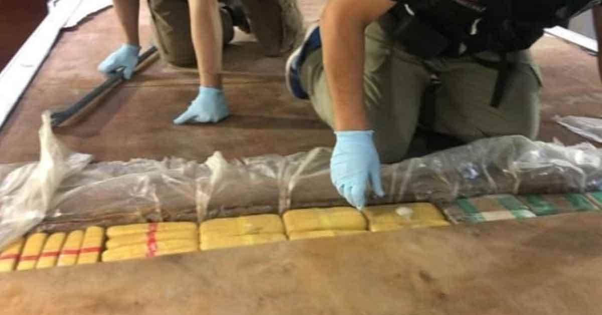 Aracın tabanından 139 kilo eroin çıktı