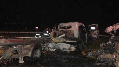 Photo of Feci kaza: 2 kişi araç içinde yanarak öldü