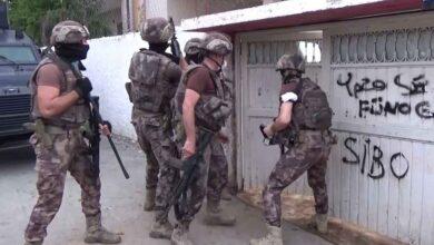 Photo of Aşk vaadiyle vatandaşları dolandıran çeteye operasyon: 42 gözaltı