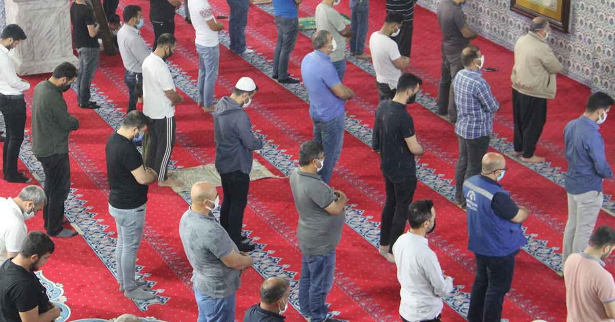 Urfa'da Kadir Gecesinde Kudüs için dualar edildi