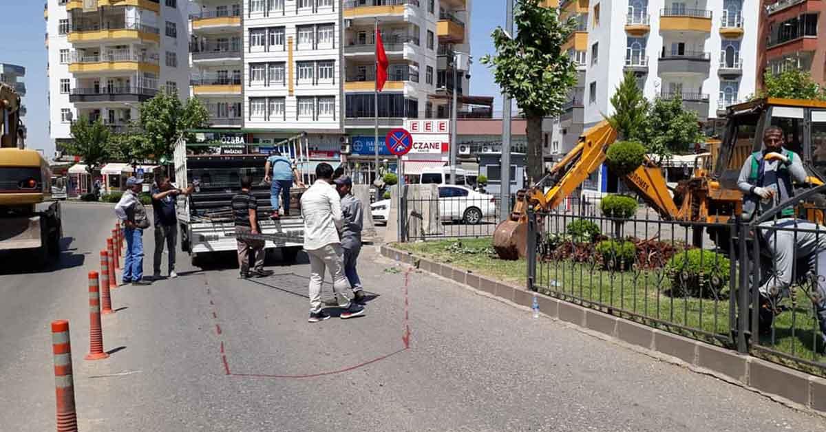 Antep belediyesi Siverek'te yol çalışması yapıyor
