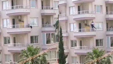 Photo of Polisten kaçmak için balkondan 6'ncı kattan 5'inci kata indi