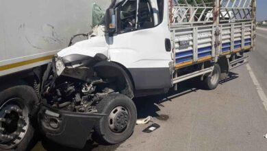 Photo of Kamyonet duran tıra arkadan çarptı: 1 ölü