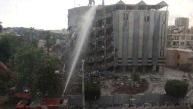 Photo of Şanlıurfa'da belediye binasının yıkım anı kamerada