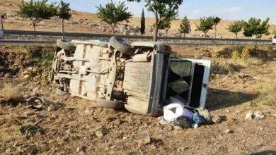 Photo of Şanlıurfa'da devrilen otomobildeki 3 kişi yaralandı