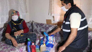 Photo of Urfa'da Evden çıkamayanların yardımına ekipler koşuyor