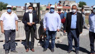 Photo of Viranşehir'de kilitli parke taşı çalışmaları devam ediyor