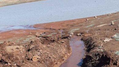 Photo of Balıklar ölmesin diye kuyudan gölete su takviyesi