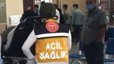Photo of Şanlıurfa'da Otomobil Şarampole Devrildi: 2 Yaralı