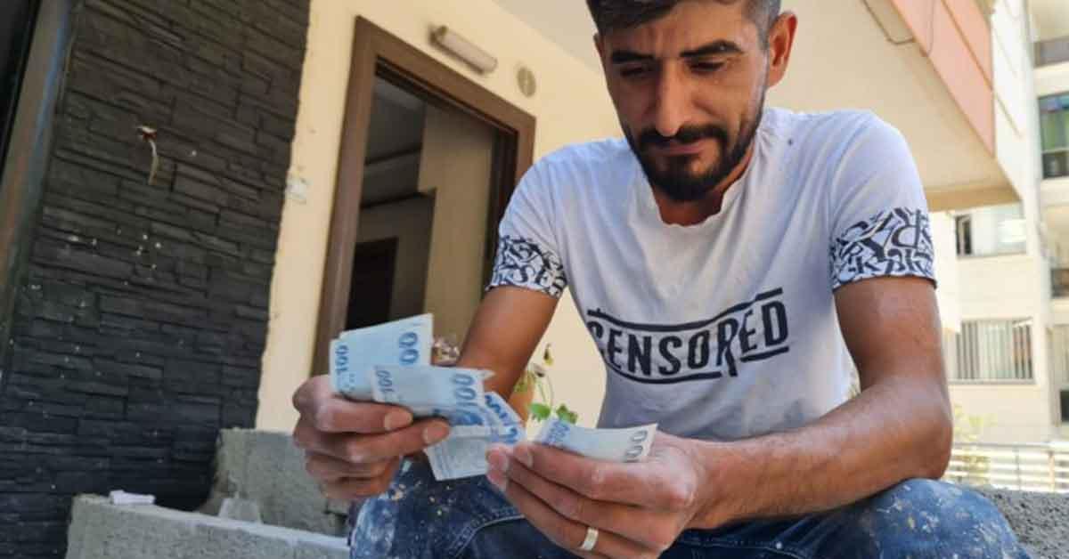 Urfa'da iki adet 100 Tl'yi 200 bin tl'ye satmak istiyor
