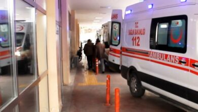 Photo of Şanlıurfa'da otomobil refüje çarptı! 3 Yaralı