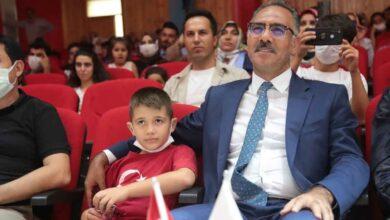 Photo of Başkan Kuş, Eyyübiyeli çocukları yalnız bırakmadı