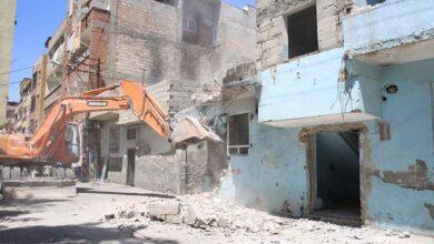 Photo of Haliliye'de Riskli binalar, tek tek yıkılıyor