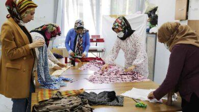 Photo of Kadınlar, Haliliye belediyesi ile meslek sahibi oluyor