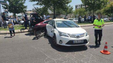 Photo of Şanlıurfa'da Otomobiller Çarpıştı! 7 Yaralı