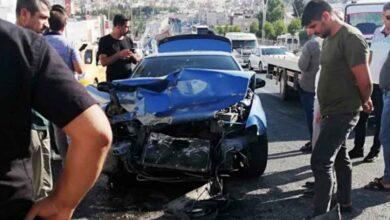 Photo of Urfa'da otomobil ile kamyon çarpıştı: 1 yaralı