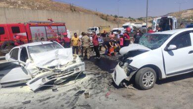 Photo of Urfa'da iki otomobil çarpıştı 3'ü ağır 6 yaralı