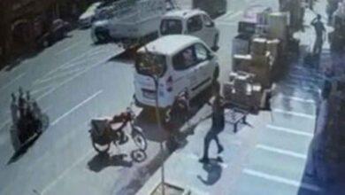 Photo of Urfa'da Bebek Arabasını Son Anda Kurtardı